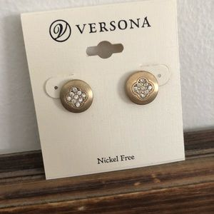 Versona Earrings